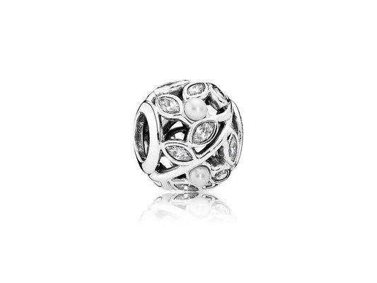 Pandora   Charm   Feuilles Lumineuse Ajourées   791754P