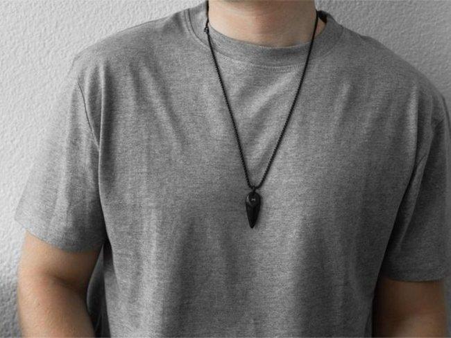 AZE Jewels | Collier | Triangle Noir | AZ-NL003-B